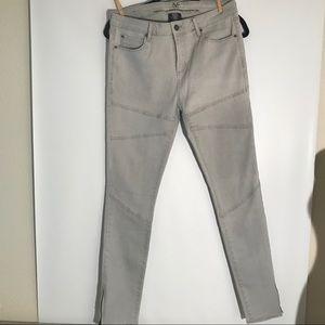Versace 1969 Abbigliamento Sportivo SRL, 31/12